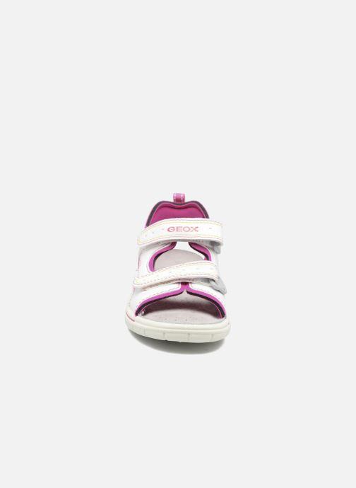 Sandales et nu-pieds Geox J DELBYN GIRL B Blanc vue portées chaussures
