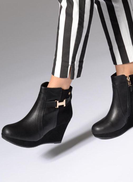 Bottines et boots Xti Vielise Noir vue bas / vue portée sac