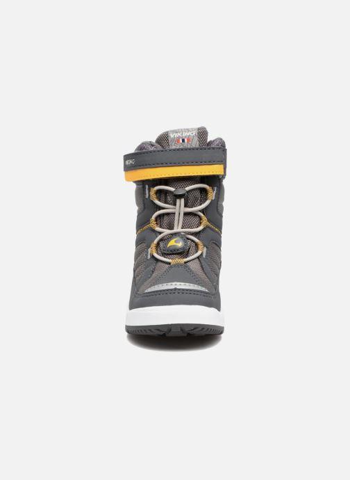 Bottes Viking Playtime GTX Gris vue portées chaussures