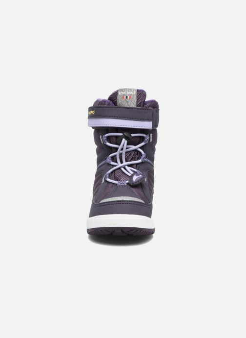 Bottes Viking Playtime GTX Violet vue portées chaussures