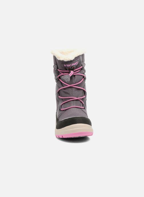 Chaussures de sport Viking Totak GTX Gris vue portées chaussures