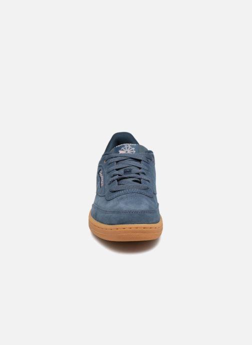 Baskets Reebok Club C Bleu vue portées chaussures
