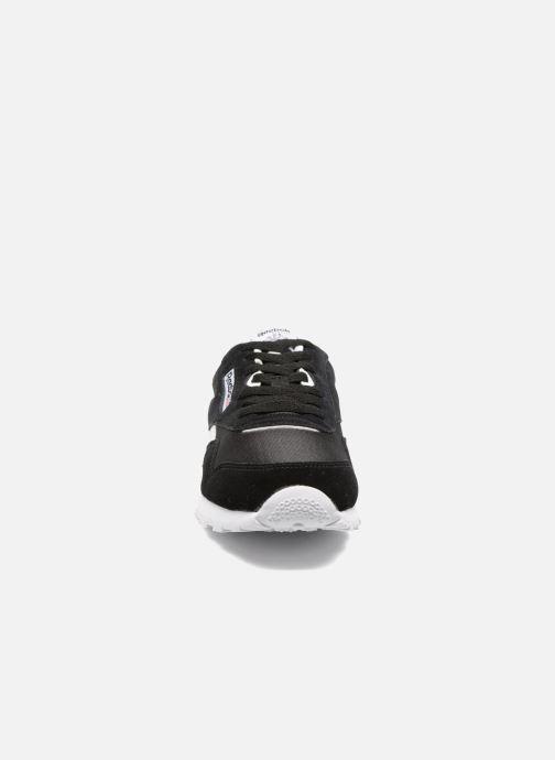 Baskets Reebok Cl Nylon J Noir vue portées chaussures