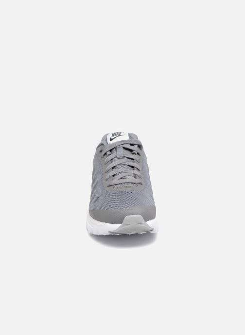 Sneakers Nike Nike Air Max Invigor (Gs) Grijs model