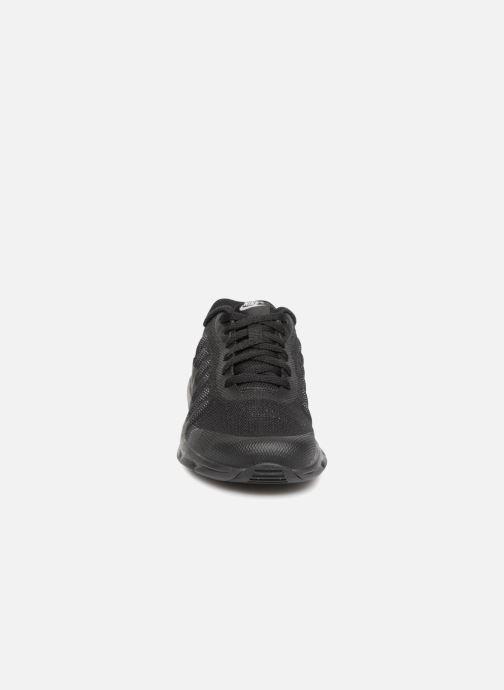 Sneakers Nike Nike Air Max Invigor (Ps) Nero modello indossato