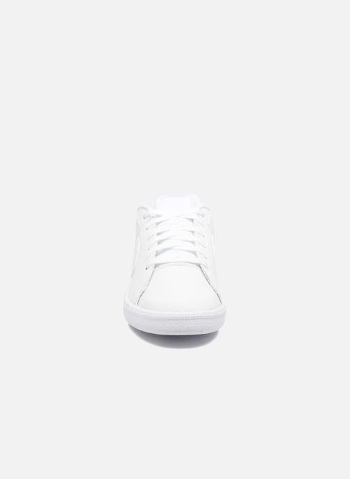 Deportivas Nike Nike Court Royale (Gs) Blanco vista del modelo