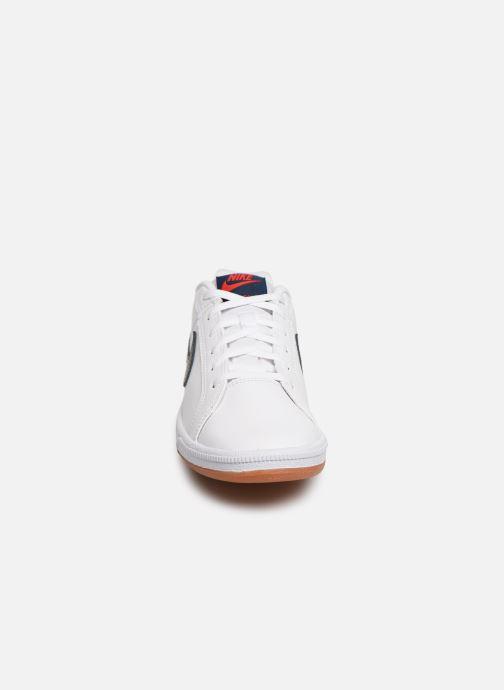 Baskets Nike Nike Court Royale (Gs) Blanc vue portées chaussures
