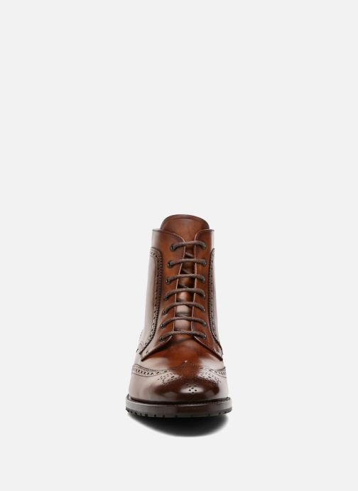 Bottines et boots Marvin&Co Luxe Westner - Cousu Goodyear Marron vue portées chaussures