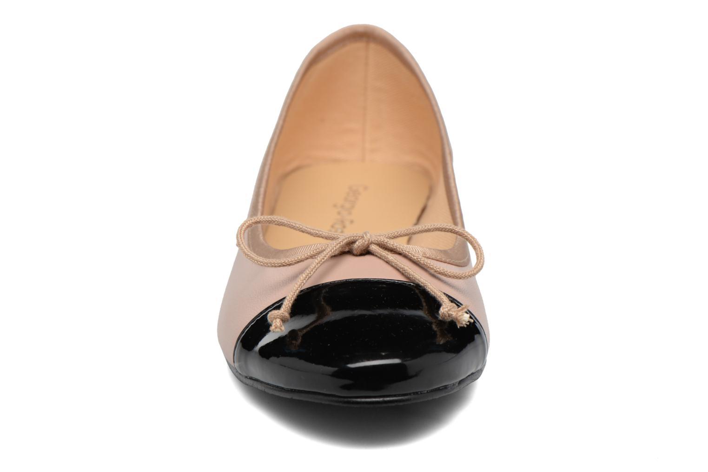 Ballerines Georgia Rose Sixties Beige vue portées chaussures