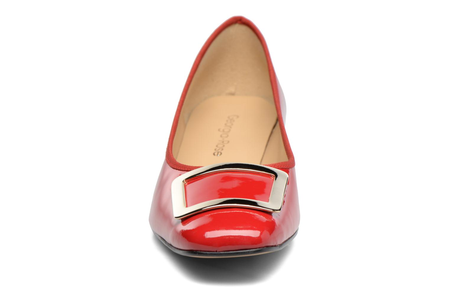 Ballet pumps Georgia Rose Saboucle Red model view