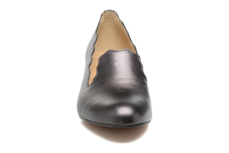 High heels Georgia Rose Socroca Grey model view