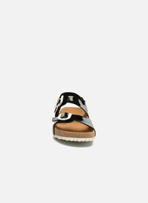 Sandales et nu-pieds El Naturalista Waraji NE67 Noir vue portées chaussures