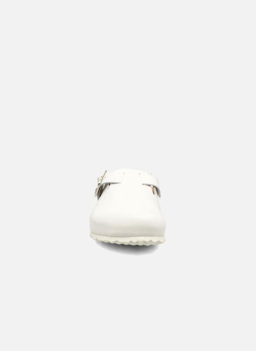 Zoccoli El Naturalista Waraji NE32 Bianco modello indossato