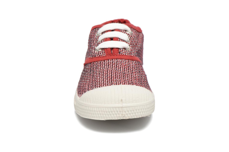 Sneakers Bensimon Tennis Fancy Linen E Rosso modello indossato