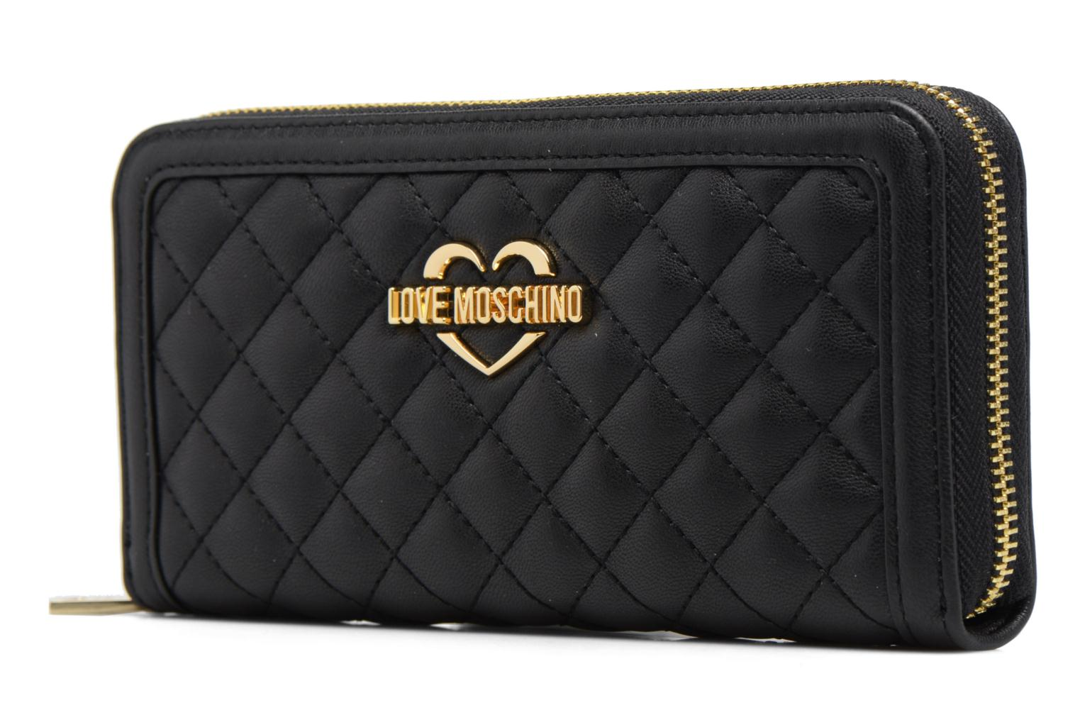 Petite Maroquinerie Love Moschino Portefeuille L Zip Around Quilted Noir vue portées chaussures