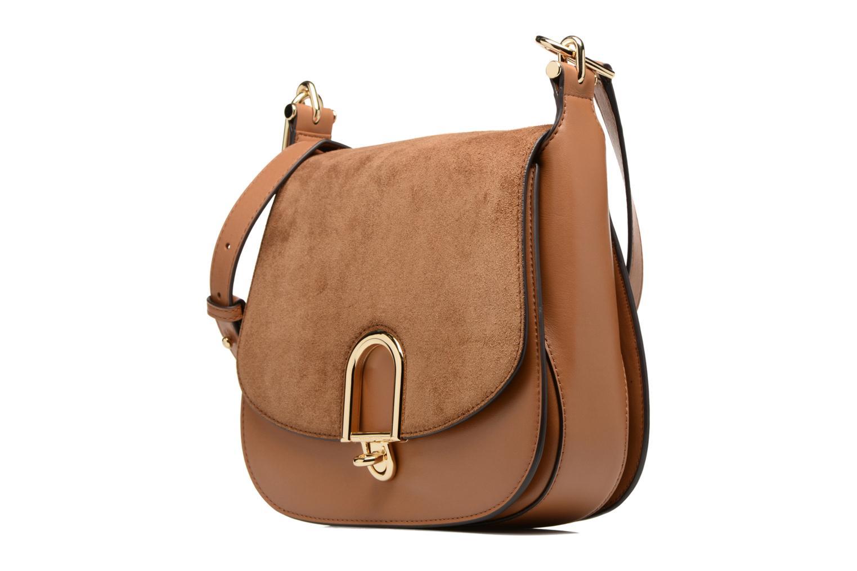 Bolsos de mano Michael Michael Kors Delfina LG Saddle Bag Marrón vista del modelo