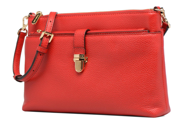 Sacs à main Michael Michael Kors LG Snap Pocket X body Rouge vue portées chaussures