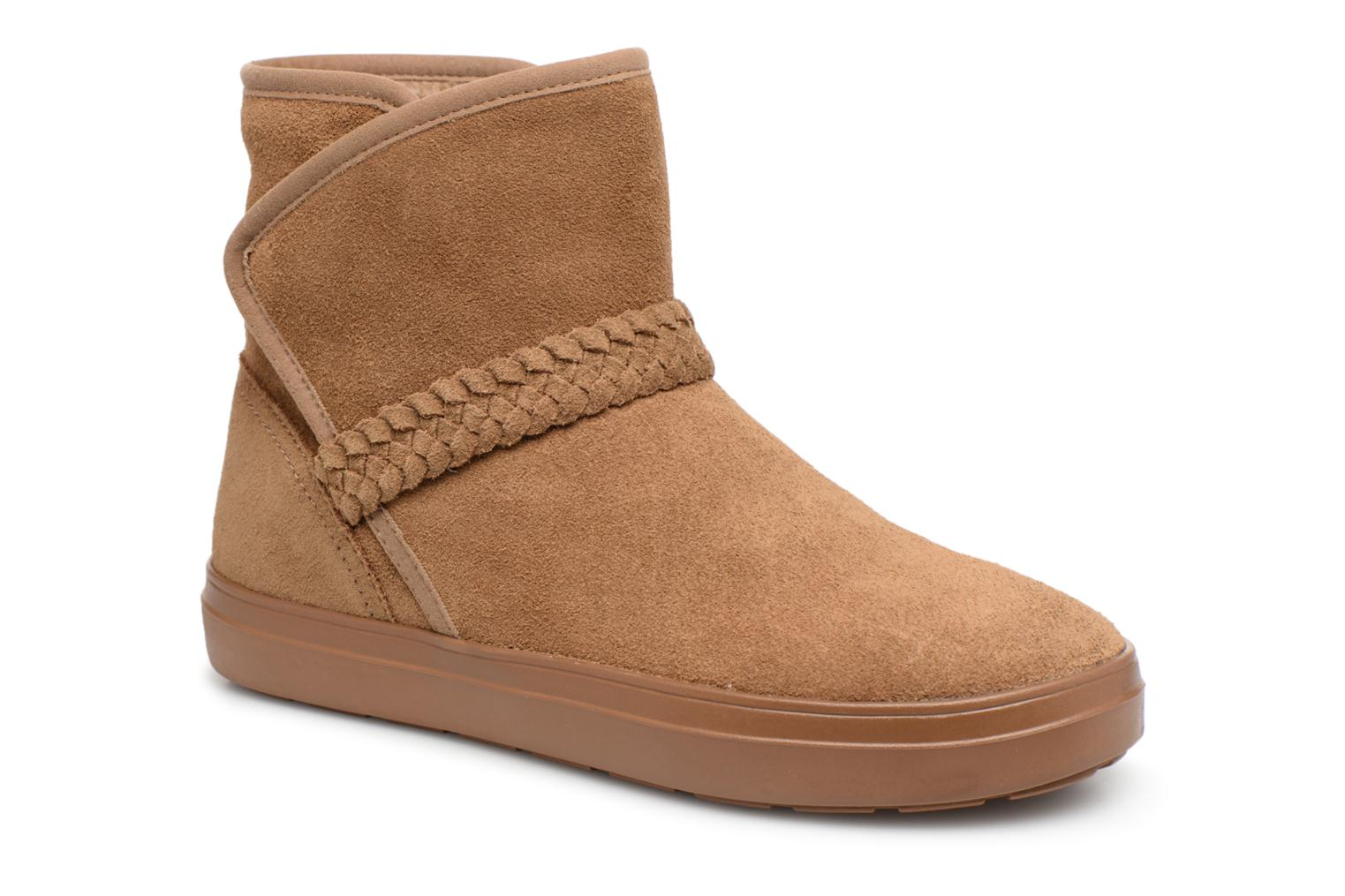 Lodge Point Suede Bootie W
