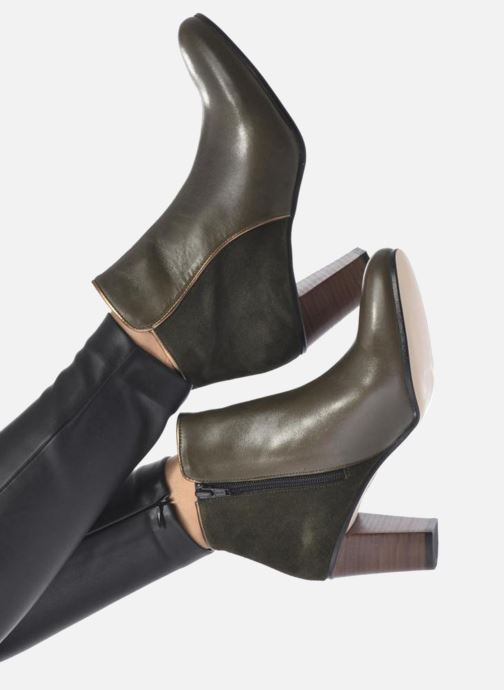 Bottines et boots Georgia Rose EOLIA Marron vue bas / vue portée sac