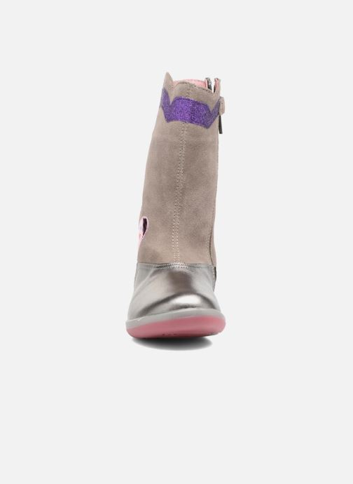 Bottes Agatha Ruiz de la Prada Butterfly 2 Argent vue portées chaussures