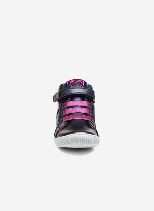 Baskets Agatha Ruiz de la Prada Flow 4 Bleu vue portées chaussures