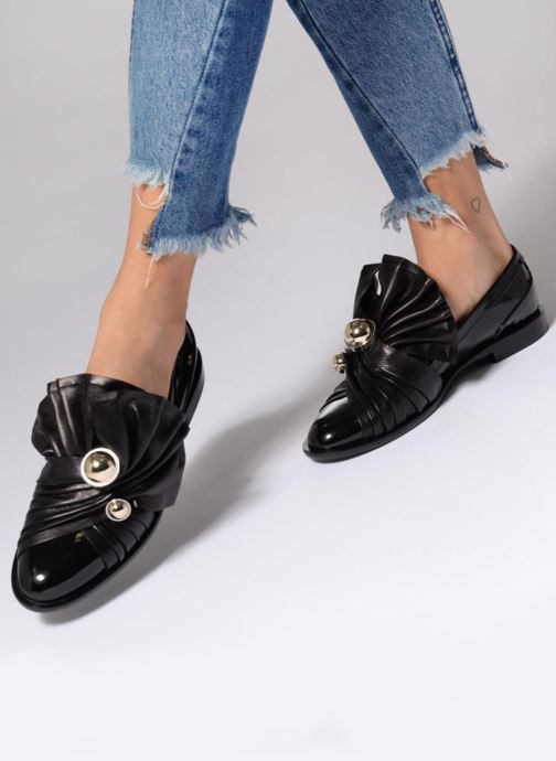 Loafers Carven Rosa Black view from underneath / model view