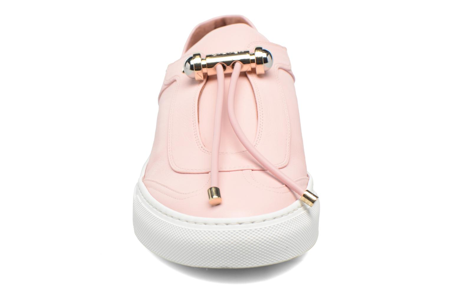 Trainers Carven Mabillon Pink model view