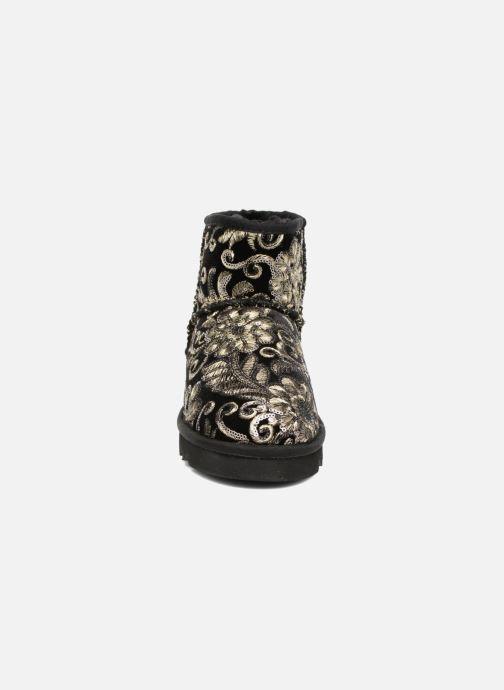 Boots en enkellaarsjes Colors of California Cristina Zwart model