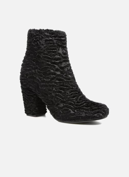 Ankle boots Colors of California Diana Black detailed view/ Pair view