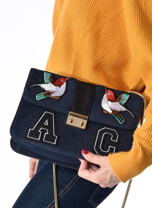Handbags L'Aetelier Caesars CATY Shoulder bag L Black view from underneath / model view