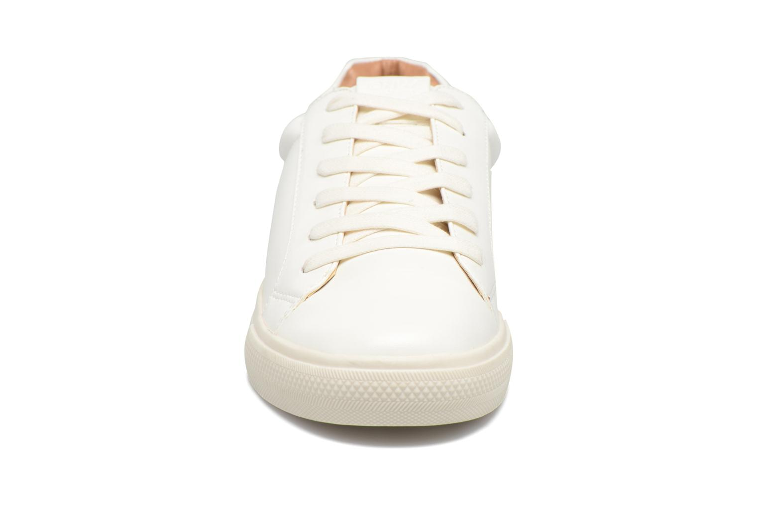 Baskets ONLY Sira skye nude sneaker Blanc vue portées chaussures