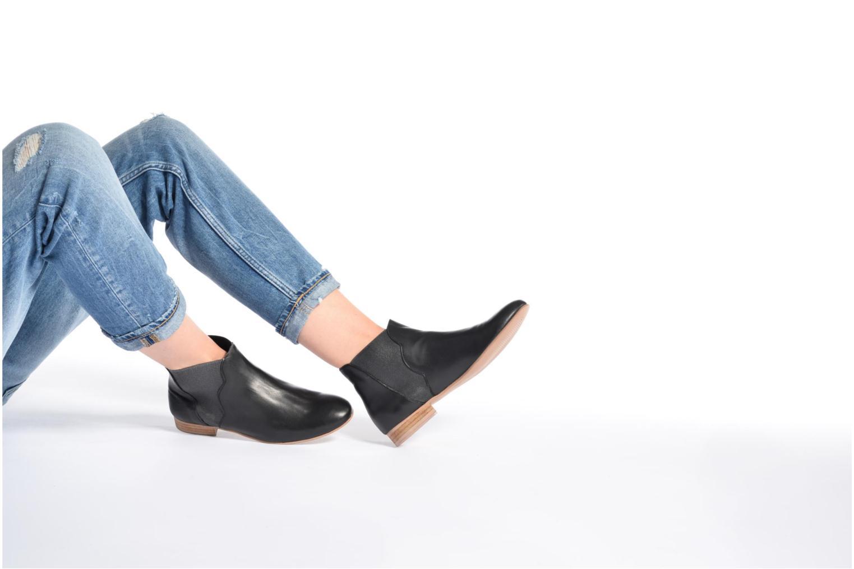Bottines et boots Georgia Rose hermione Noir vue bas / vue portée sac