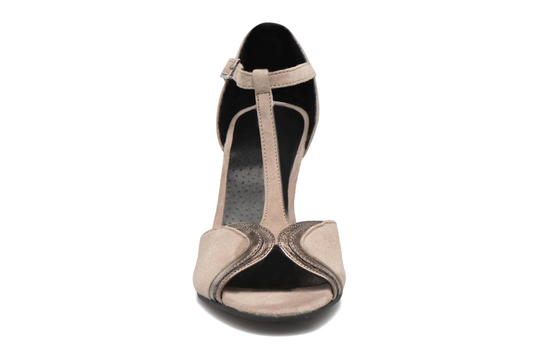 High heels Georgia Rose Hepomi Grey model view
