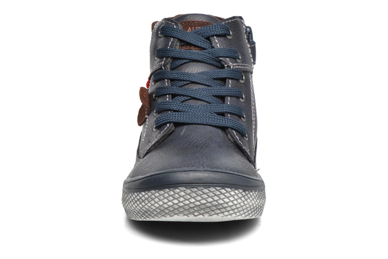 Baskets Bopy Niplus Bleu vue portées chaussures