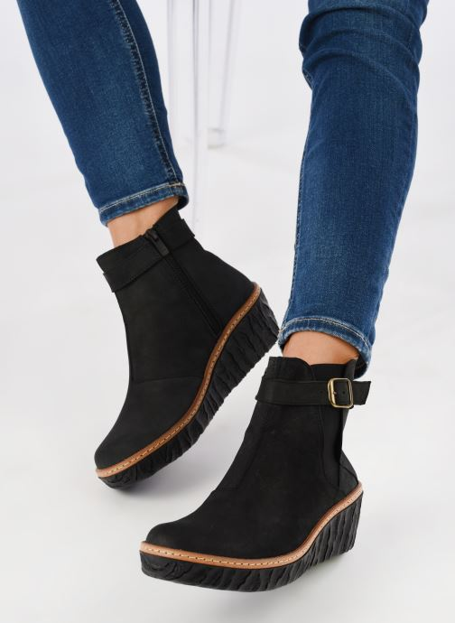 Ankle boots El Naturalista Myth Yggdrasil N5133 Black view from underneath / model view