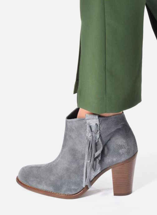 Ankle boots Kaporal Texane Brown view from underneath / model view