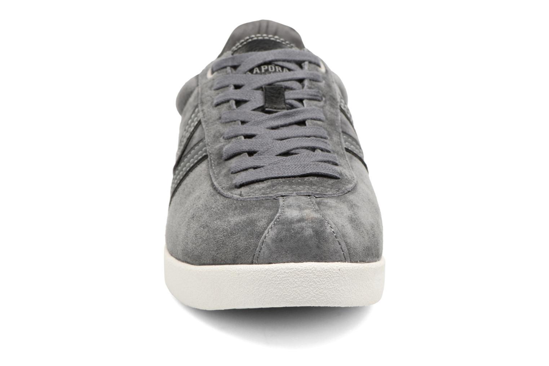 Baskets Kaporal Kanior Gris vue portées chaussures