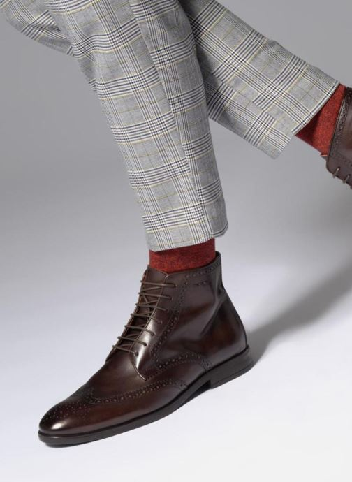 Ankle boots Marvin&co Thomley Brown view from underneath / model view