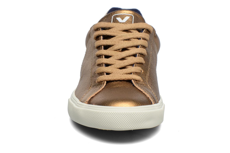 Baskets Veja ESPLAR LT LEATHER Or et bronze vue portées chaussures