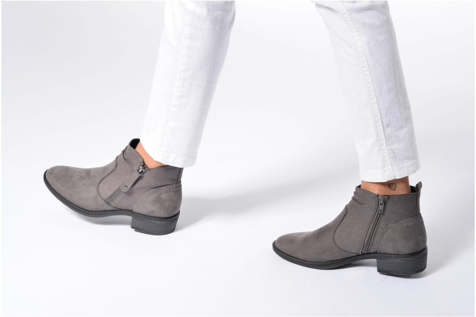 Ankle boots Jana shoes Jubi Grey view from underneath / model view