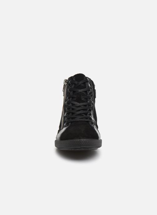 Baskets Pataugas Palme/C Noir vue portées chaussures
