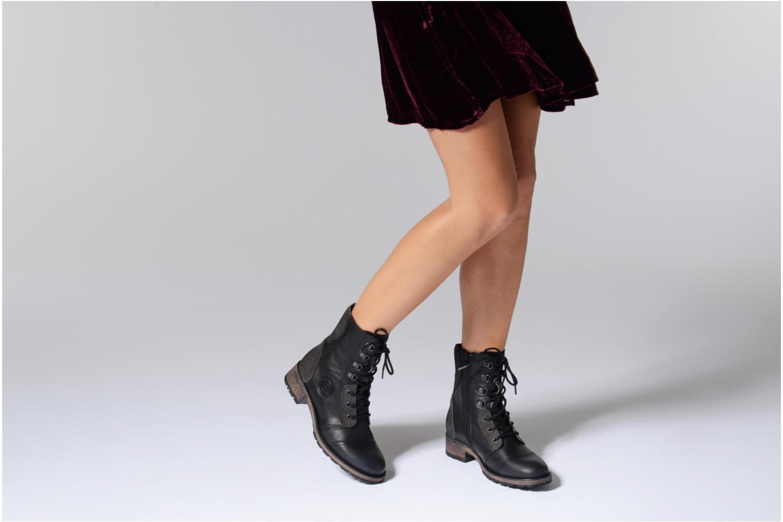 Bottines et boots Pataugas Duke Noir vue bas / vue portée sac