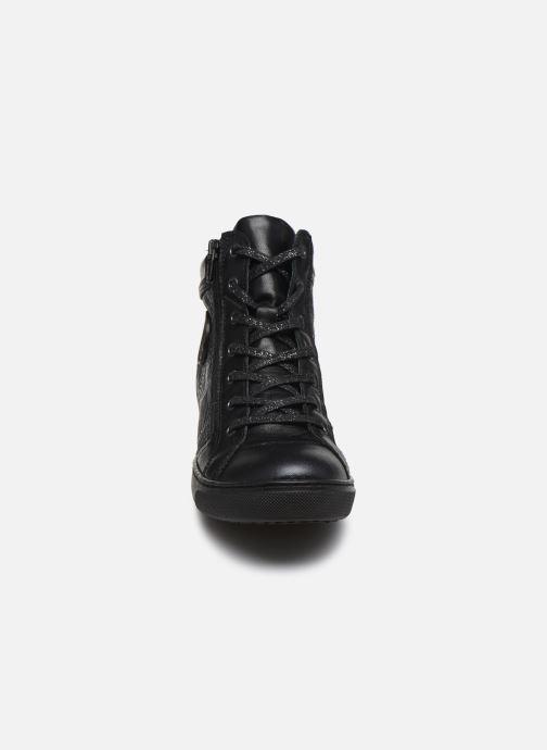 Baskets Pataugas Kay/S Noir vue portées chaussures