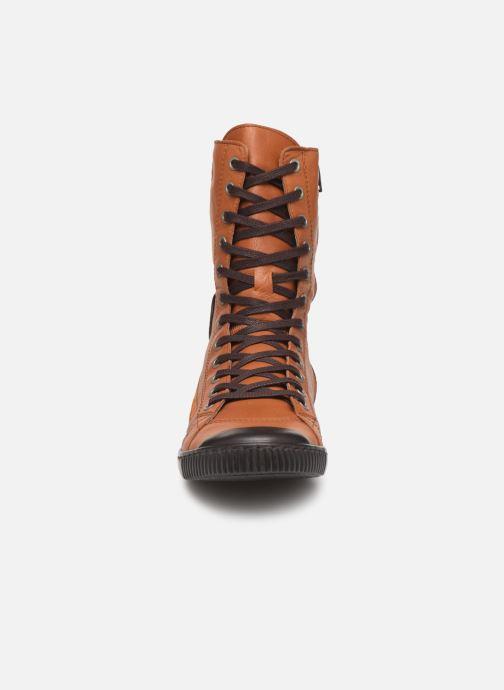 Baskets Pataugas Basic/N Marron vue portées chaussures