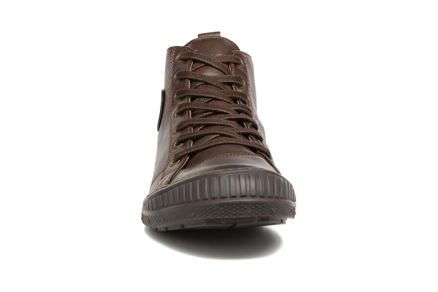 Trainers Pataugas RockerN M 2 Brown model view