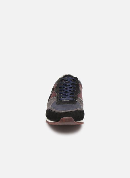 Baskets Pataugas Ipop/Mc Bleu vue portées chaussures
