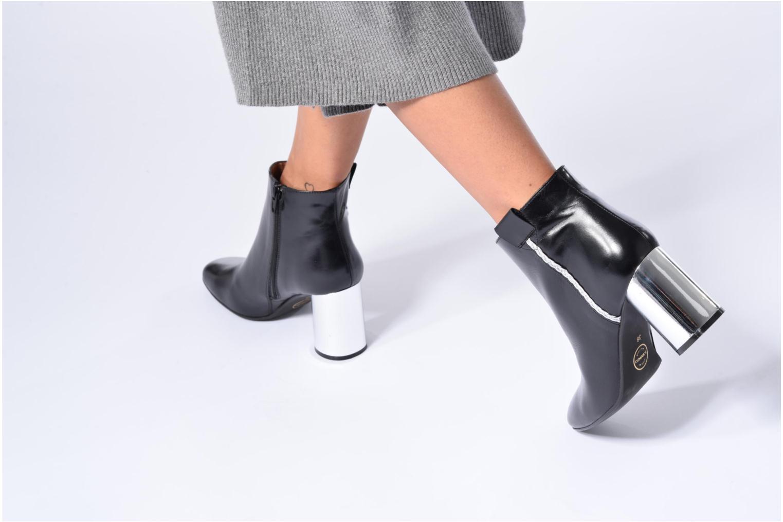 Bottines et boots Made by SARENZA Boots Camp #16 Noir vue bas / vue portée sac