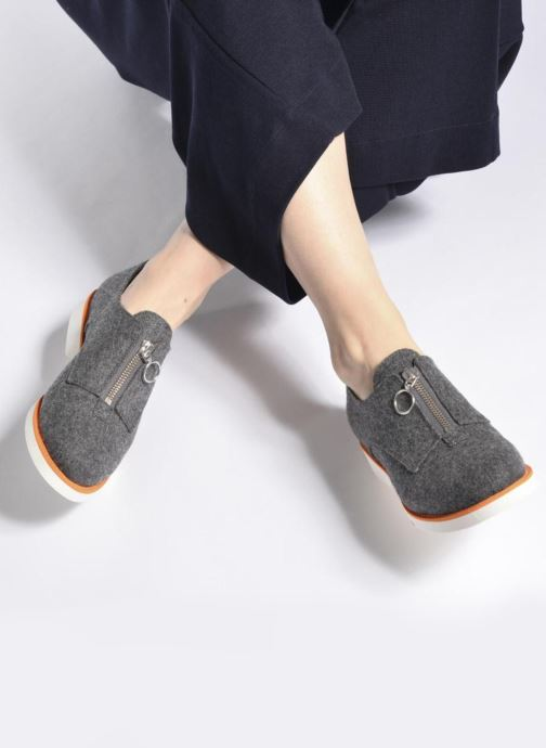 Mocassins Made by SARENZA Pastel Affair Chaussures à Lacets #1 Noir vue bas / vue portée sac