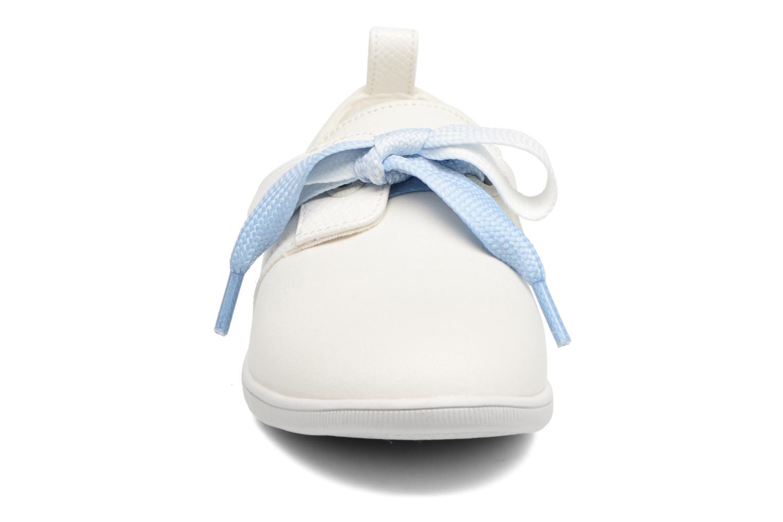 Baskets Armistice Stone one Glaze Blanc vue portées chaussures