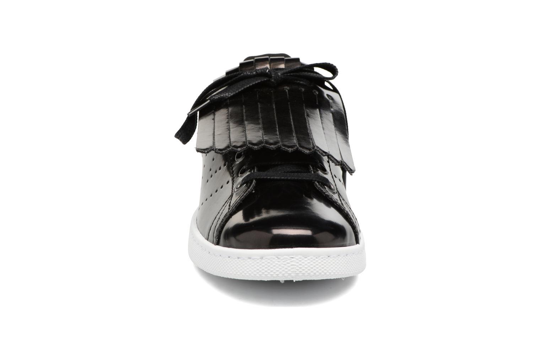 Sneakers Victoria Deportivo Flecos Espejo Zwart model